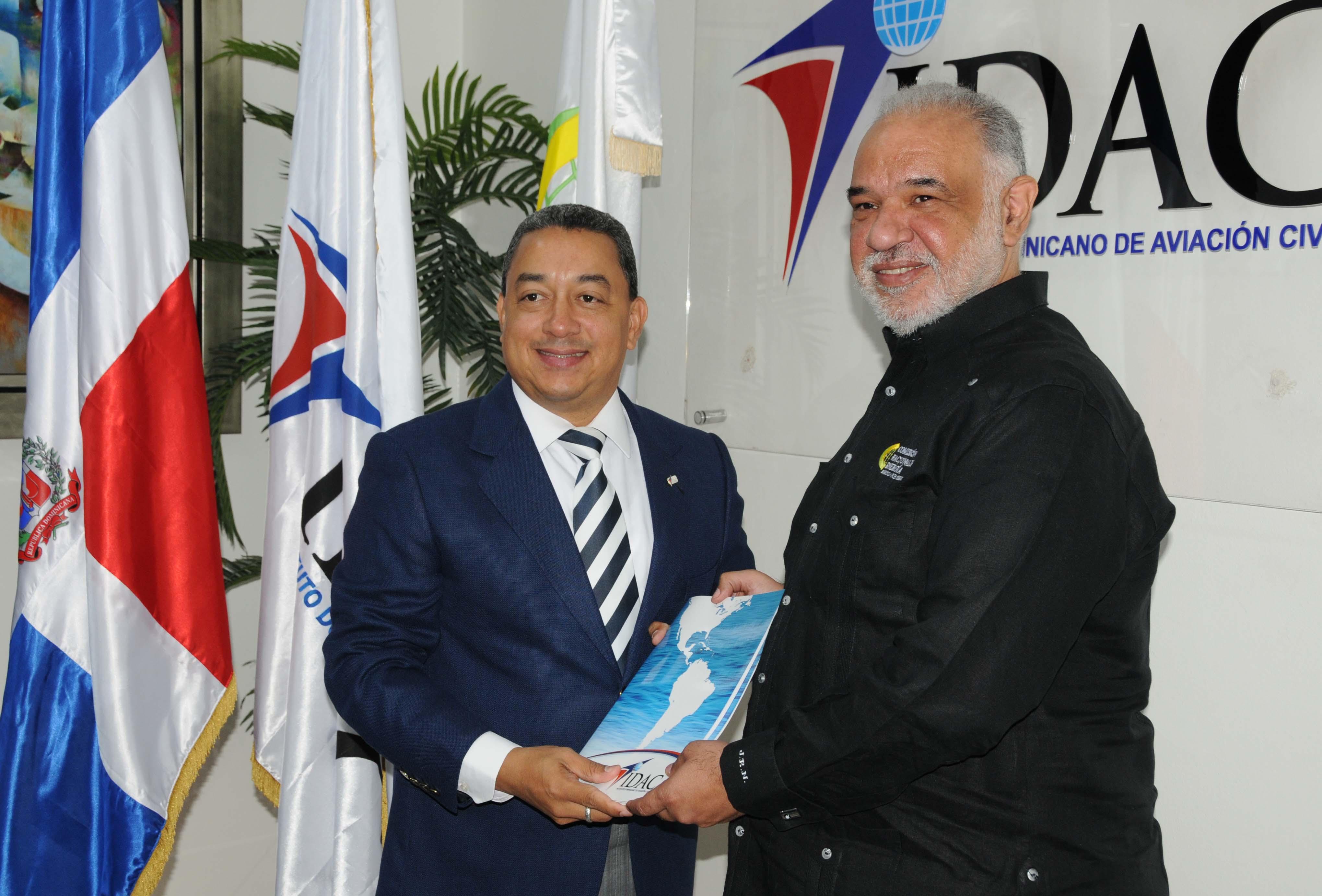 RD: IDAC y CNE firman acuerdo de cooperación interinstitucional