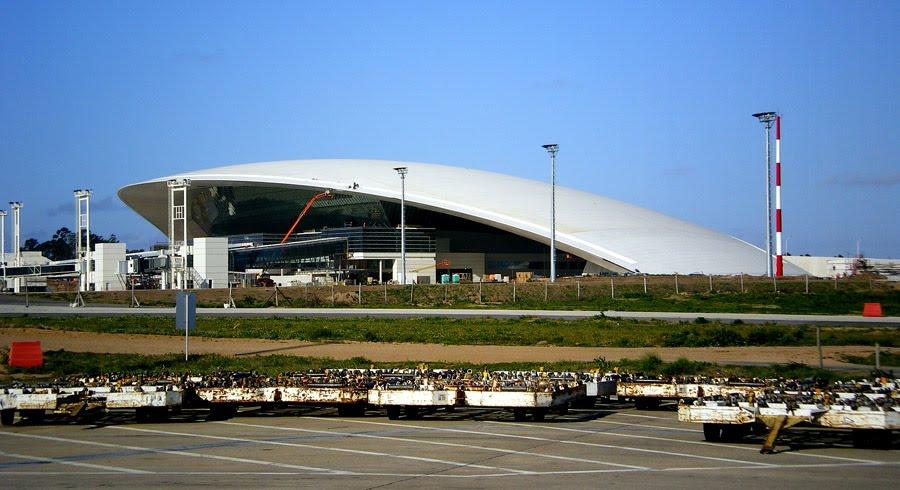 Llamado para remodelar la ex terminal aérea de Carrasco