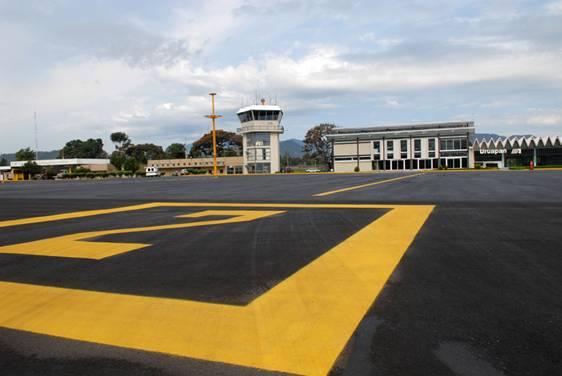 México: Buscan traer nuevas aerolíneas al aeropuerto de Uruapan