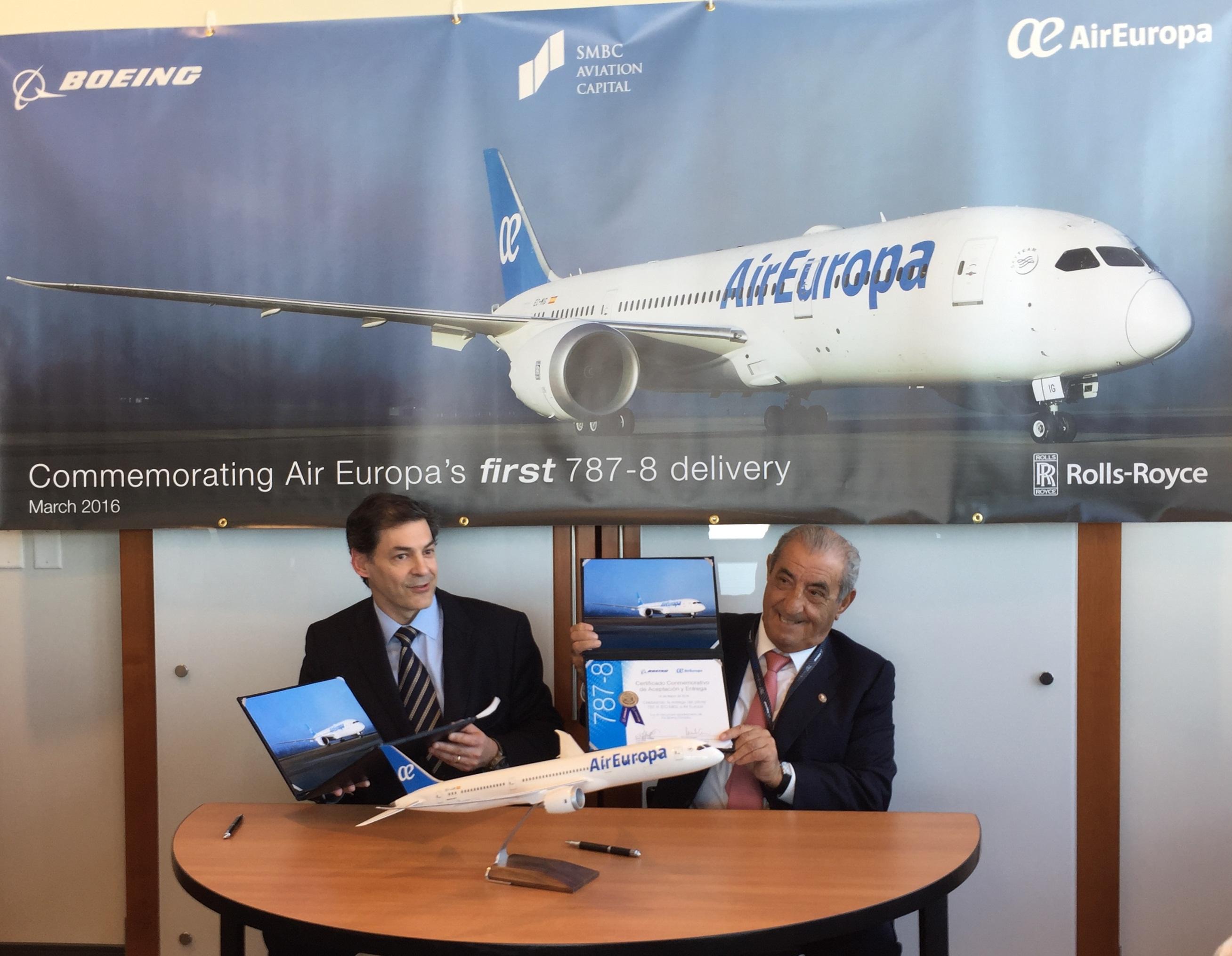 El primer Boeing 787 Dreamliner de Air Europa aterriza en Madrid