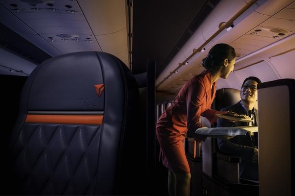 Delta introduce la primera suite para clase de negocios del mundo en Delta One