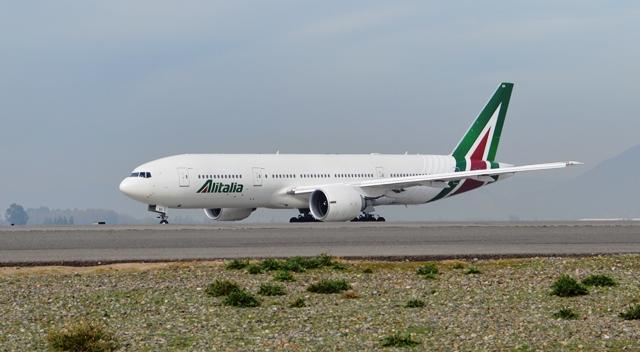 Alitalia se propone reducir sus costes 1.000 M € en cuatro años
