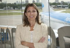 Isela Constantini-Aerolineas-Argentinas 2016