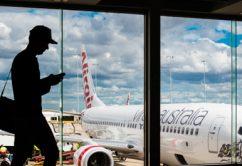 pasajeros-avion-aeropuerto