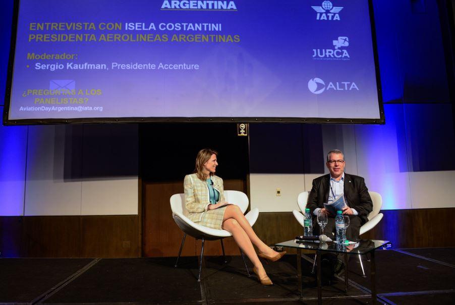 """""""No habrá sale and lease back con la flota de Aerolíneas y Austral"""", dijo Isela Costantini"""