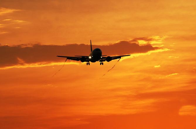 Brasil e Paraguai firmam acordos na área de aviação