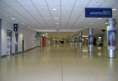 terminal-aeropuerto-vacia