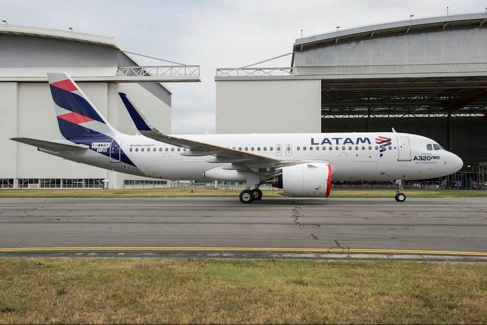 Latam robustece operaciones desde Perú y evalúa volar desde Sao Paulo a Qatar