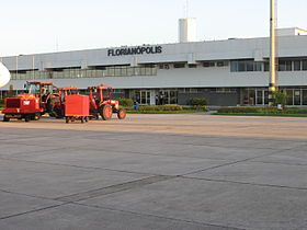 Aeroportos de Salvador e Florianópolis têm tarifas reajustadas