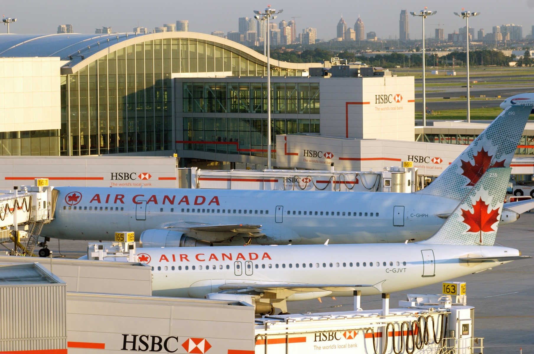 Toronto Pearson airport named best large airport in North America for customer service