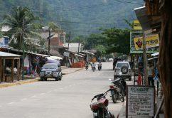 street_scene_rurrenabaque_bolivia