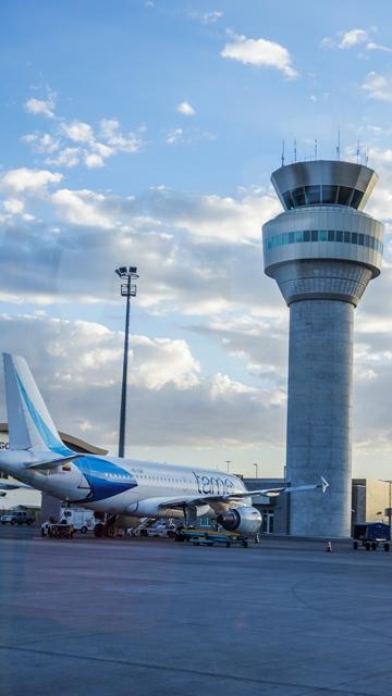 La huelga de controladores aéreos y personal de aeropuertos en Italia cancela 721 vuelos