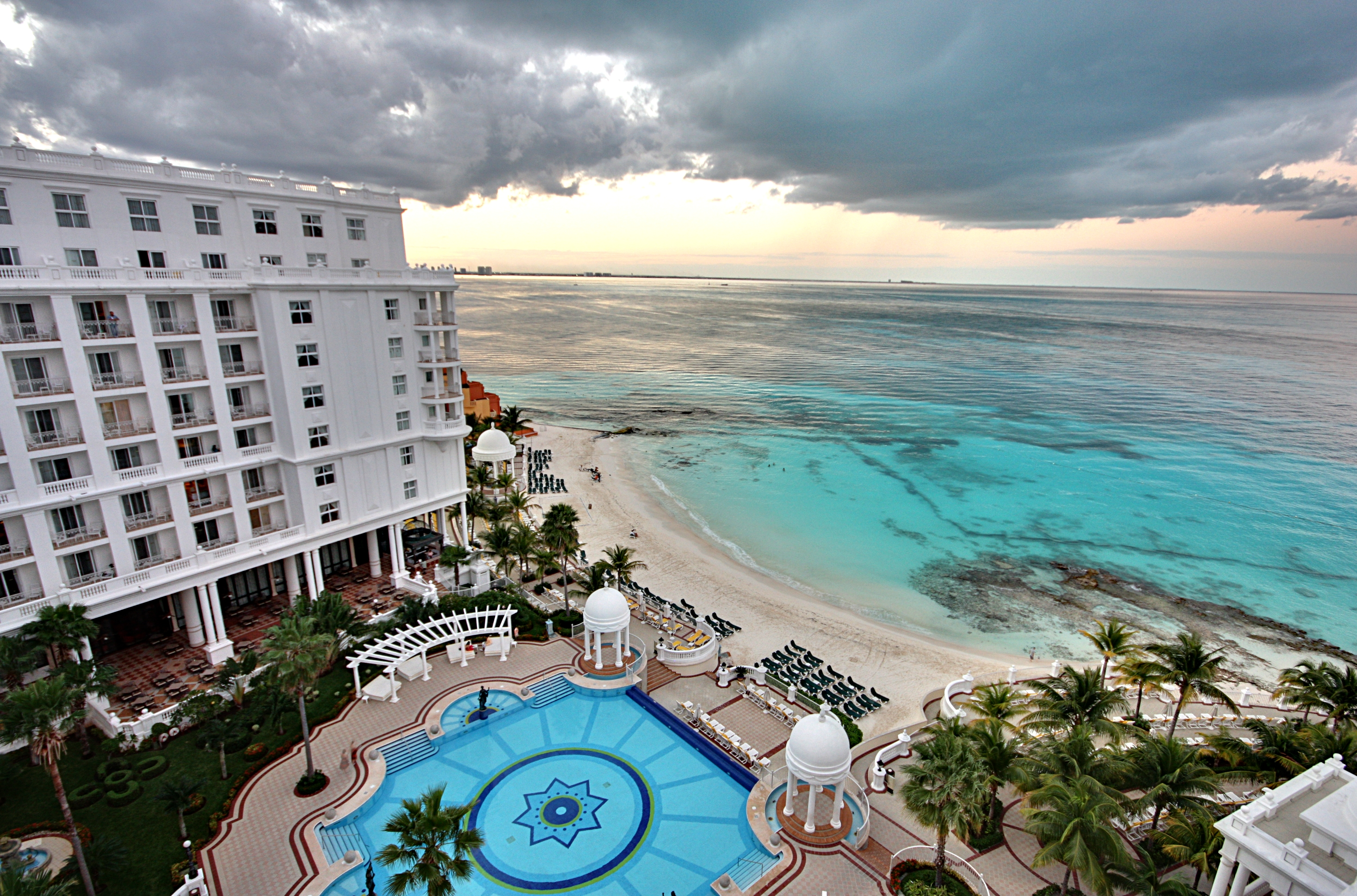 Rutas aéreas hacia Cancún lideran en destinos
