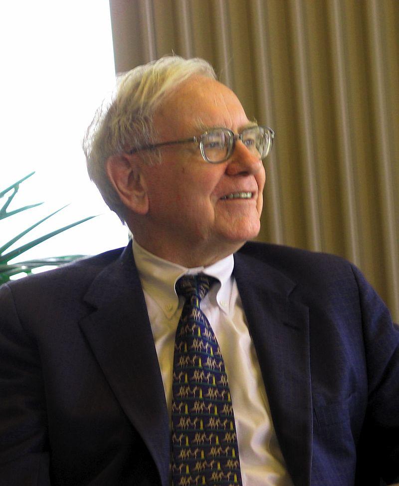 Warren Buffett no descarta hacerse con una aerolínea completa