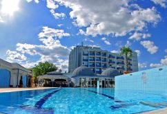 piscina-hotel-resort-allinclusive