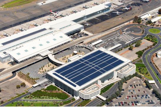 Aeropuerto con energía limpia y techo solar en Australia reduce contaminación