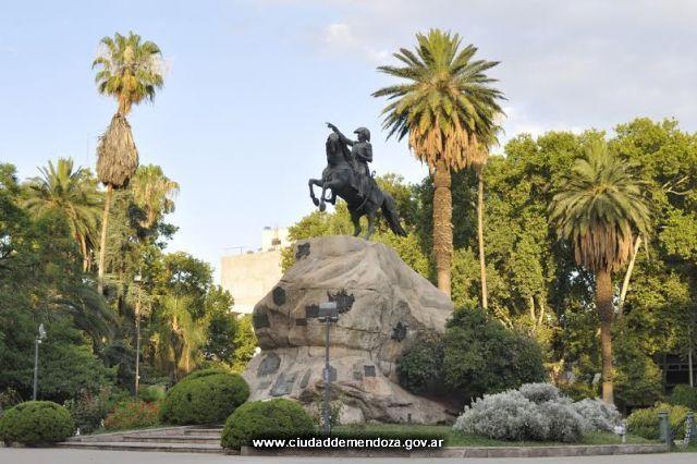 Mendoza apuesta a un nuevo producto turístico: las Rutas Sanmartinianas