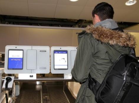 El Aeropuerto de Bolonia con nuevo servicio de autofacturación de equipaje