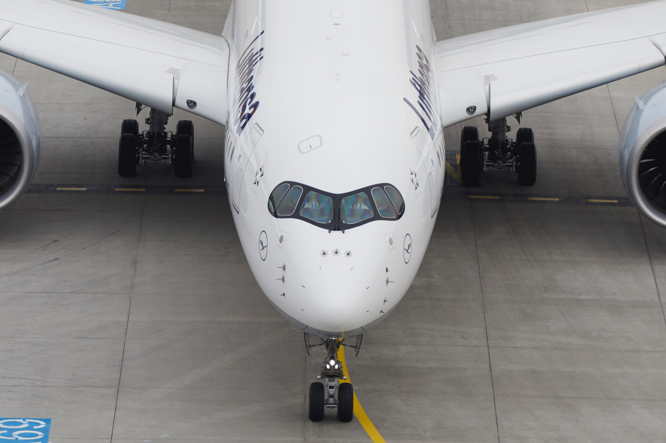 Lufthansa Group continues to invest in fleet modernization