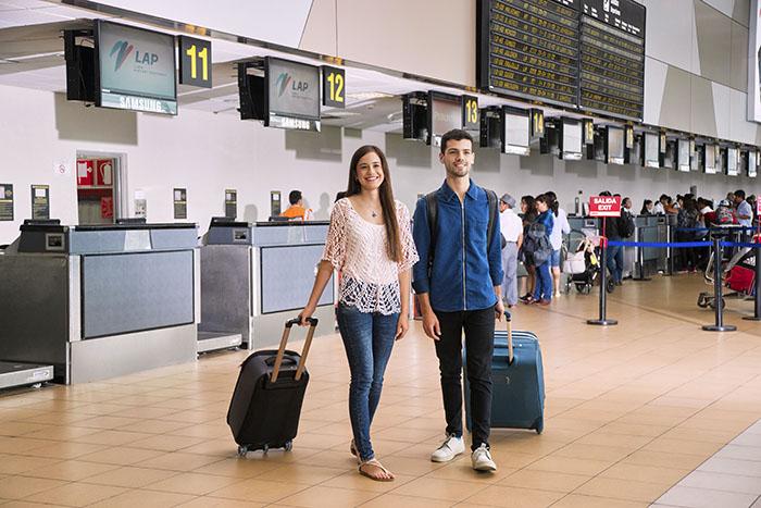 'Millennials' prefieren viajar a destinos internacionales