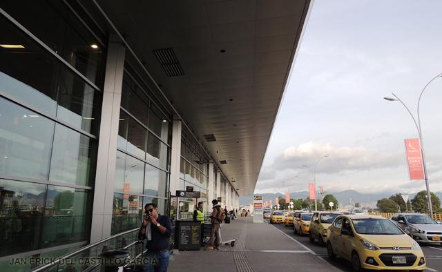 Contraloría colombiana auditará la concesión del aeropuerto El Dorado