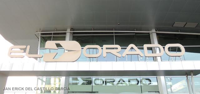 Continúan retrasos de vuelos en aeropuerto El Dorado