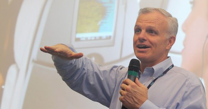Neeleman refutes reports of new airline venture