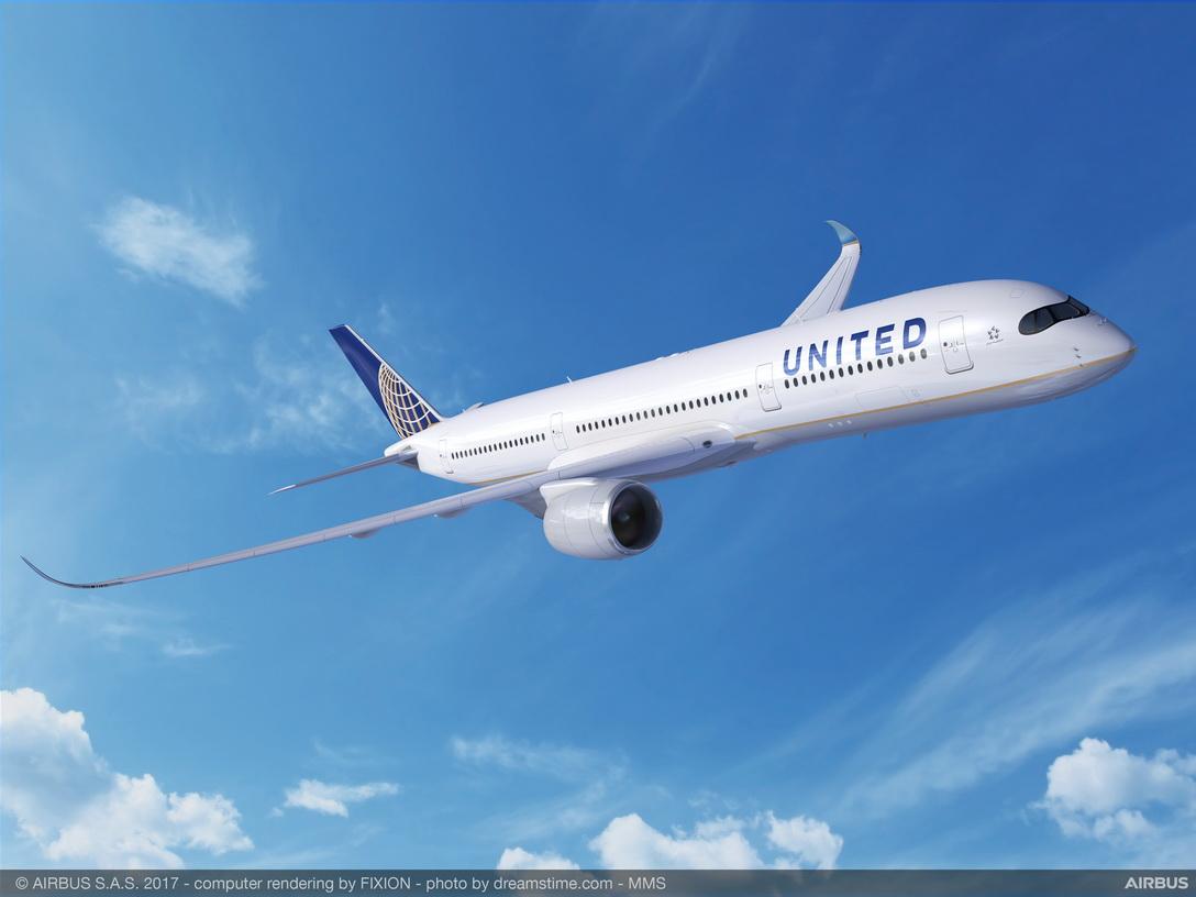 United Airlines elimina destinos y reduce frecuencias hacia México
