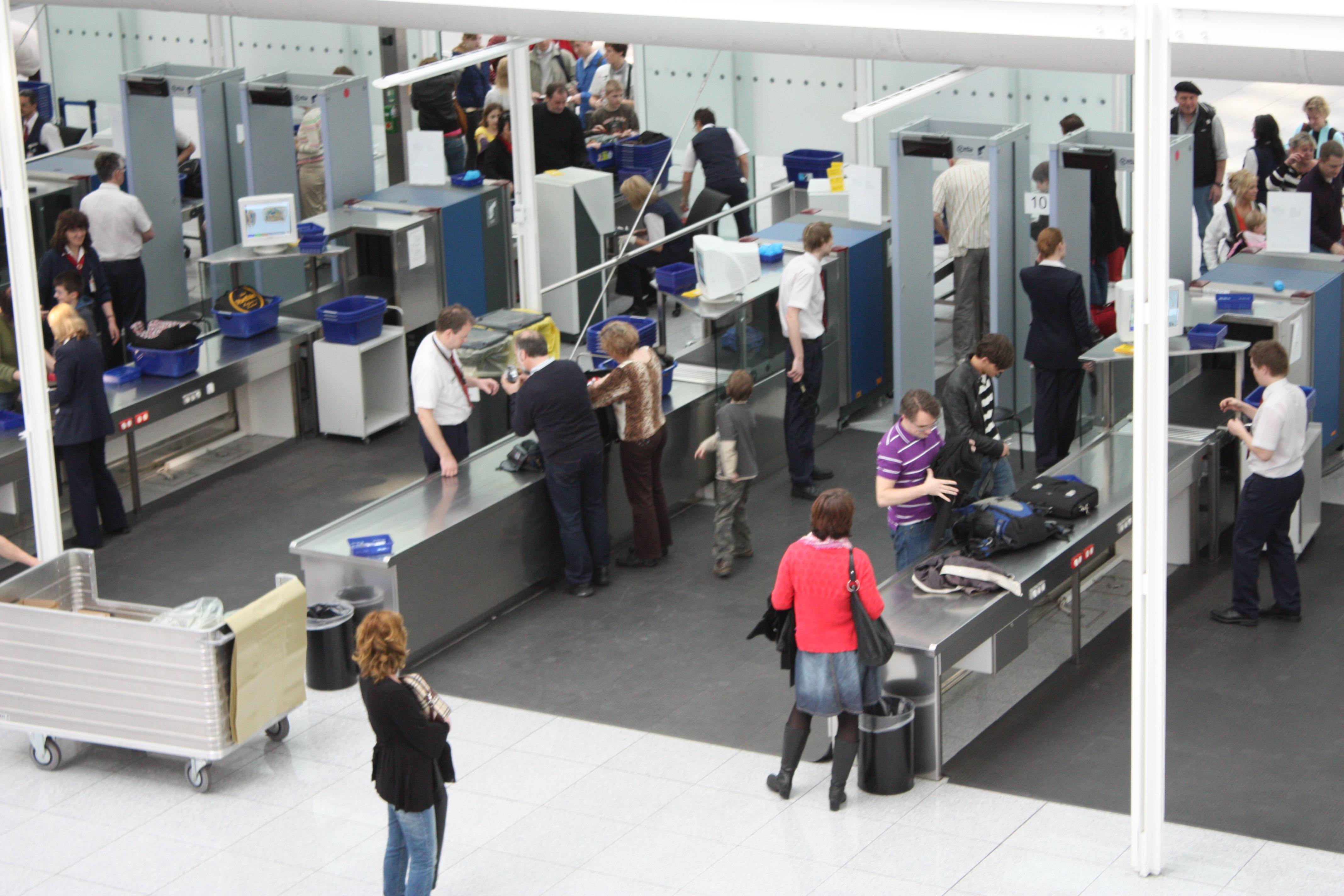 Nuevos controles de seguridad para todos los pasajeros aéreos hacia EE.UU.