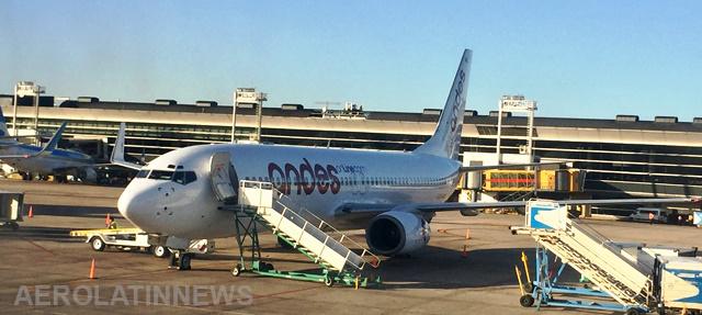ANDES sumó un nuevo Boeing 737 a su flota de aviones y sigue creciendo
