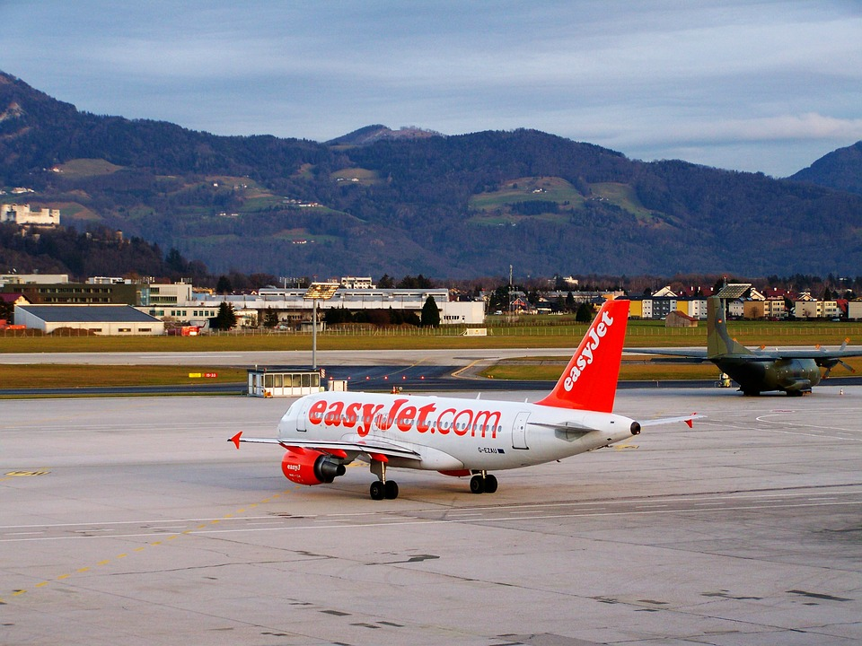 EasyJet reports 'robust' performance in 3Q trading update