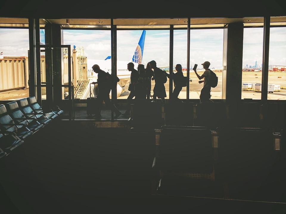 Las esperas en los aeropuertos, más saludables