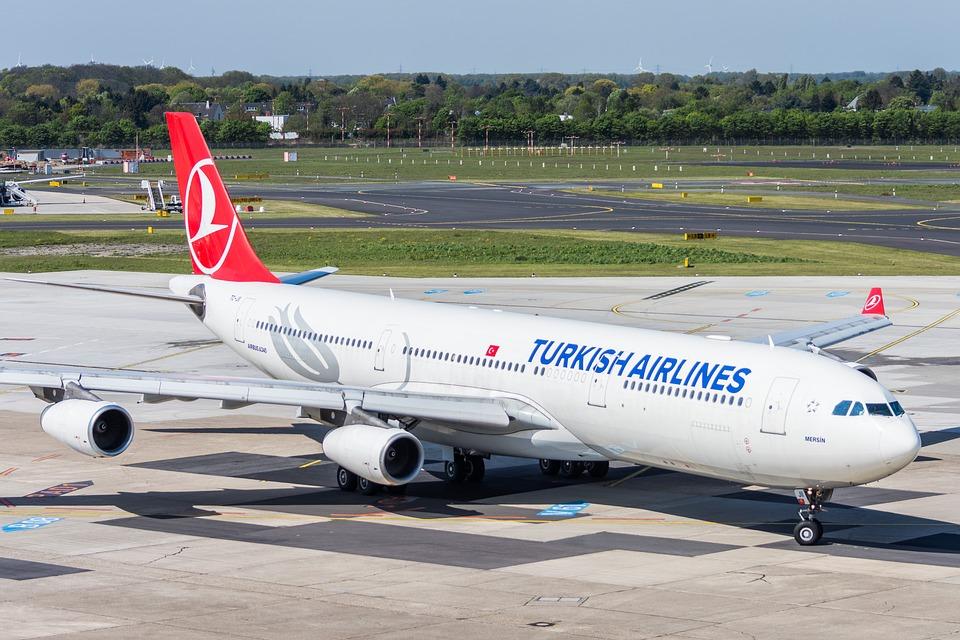 Turkish Airlines dejará de publicitarse en EEUU en señal de protesta