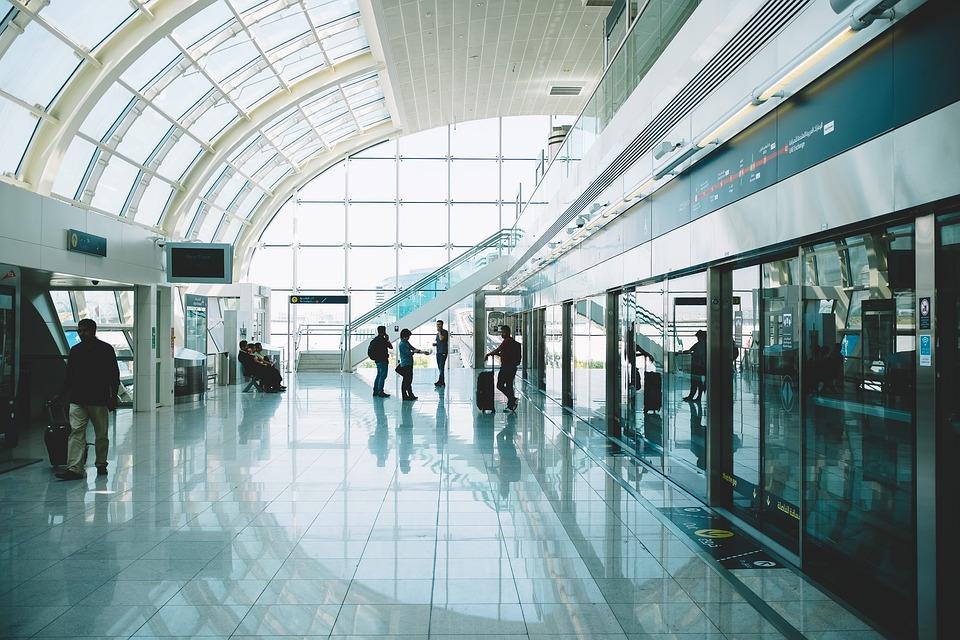 Tecnología, la clave para aeropuertos más seguros y viajeros más contentos