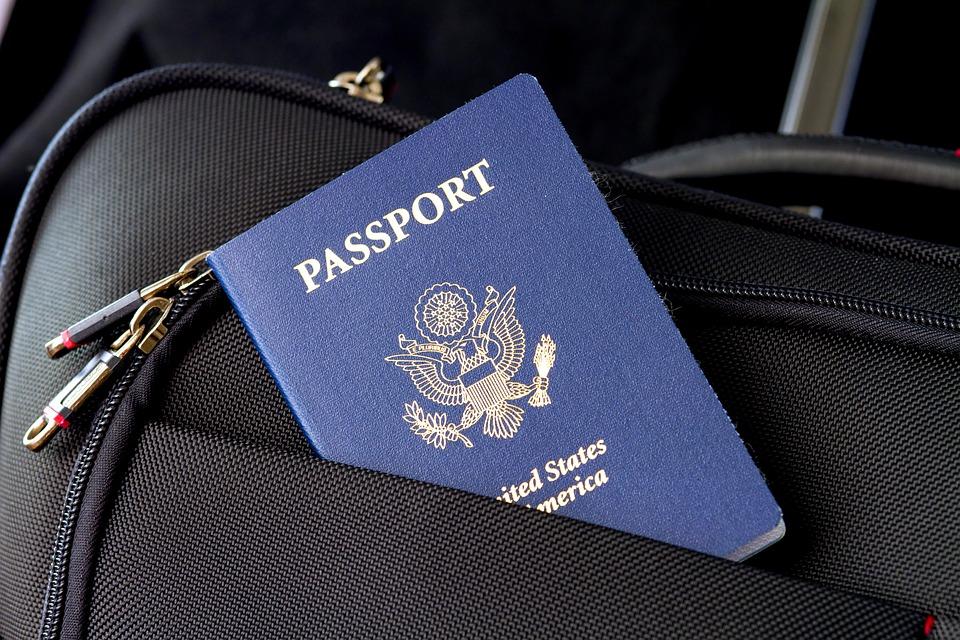 Los pasaportes que más países permiten visitar sin necesidad de visa: aquí el puesto de Chile