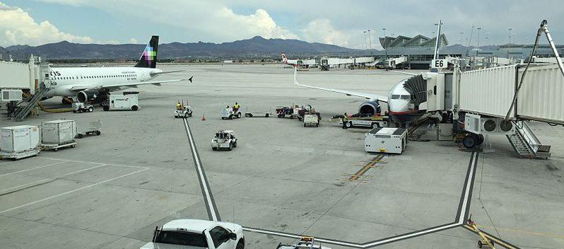 Cae aviación hacia México 24.3%: Sectur