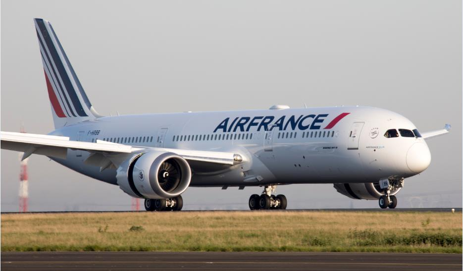 Air France names new leaders as airline looks to end costly turbulence