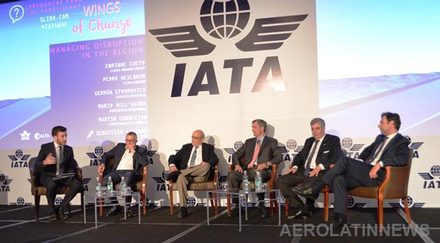 Conozca las geniales frases y los serios debates que arrojó panel de CEOs de principales aerolíneas en Wings of Change 2018