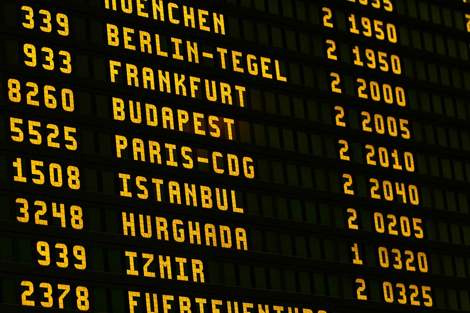 Vinci expands reach in US, buys airports of Airports Worldwide