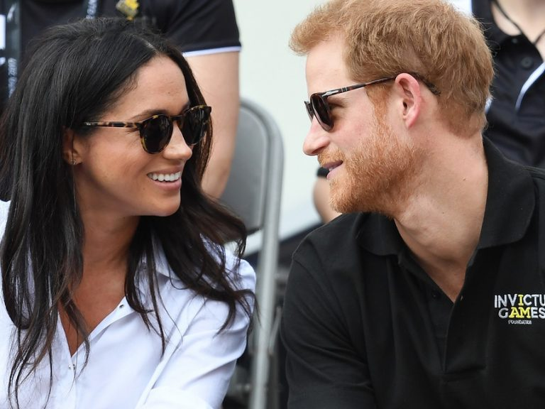 Un año de billetes de avión gratis por parecerse a Harry y Meghan