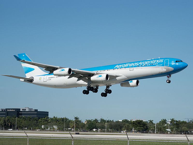 Aerolíneas Argentinas anuncia frecuencias semanales hacia Madrid y Miami