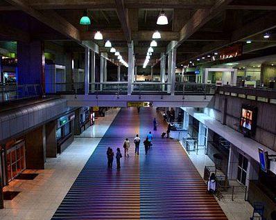 Principal aeropuerto de Venezuela mantiene plan de contingencia por apagón
