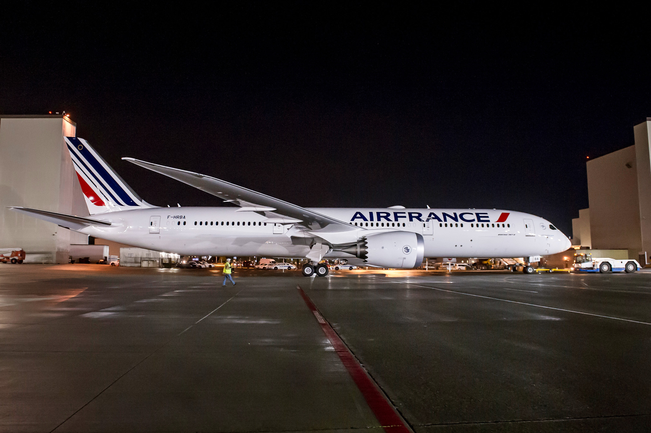 Air France anuncia 3 voos extras com Dreamliner no RJ