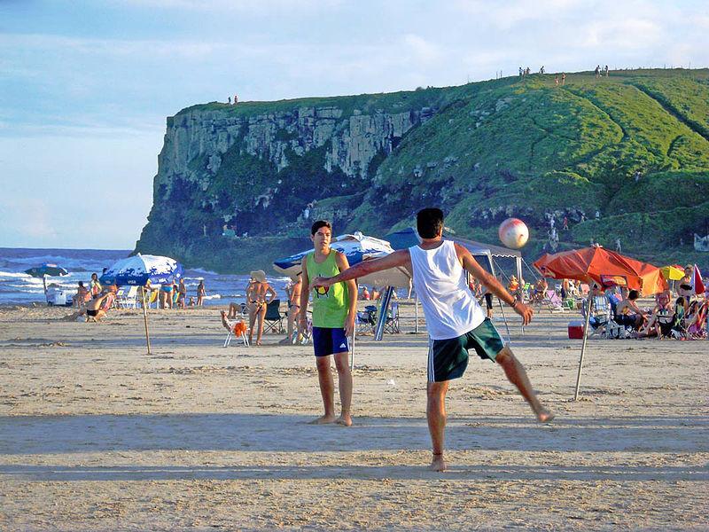 ¿Cómo se comportan los turistas de Argentina, Brasil y México?
