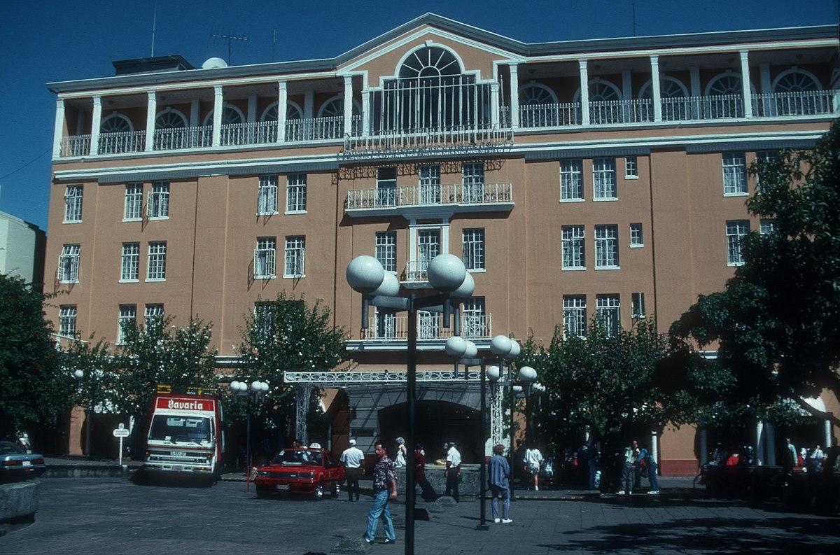 Gran Hotel Costa Rica ya luce su nueva fachada