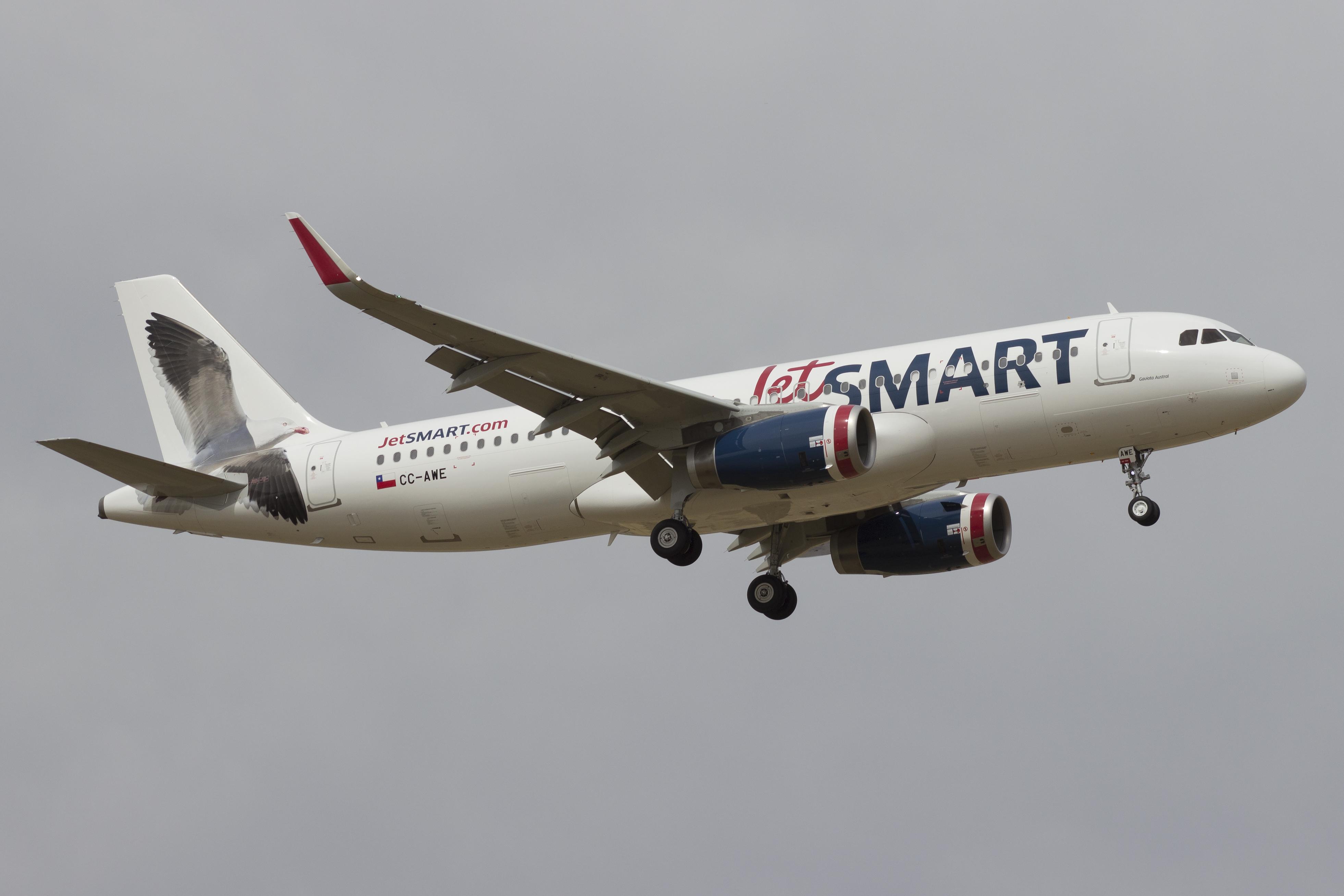 Chile: Retoman gestiones para llegada de aerolínea JetSmart a Chillán