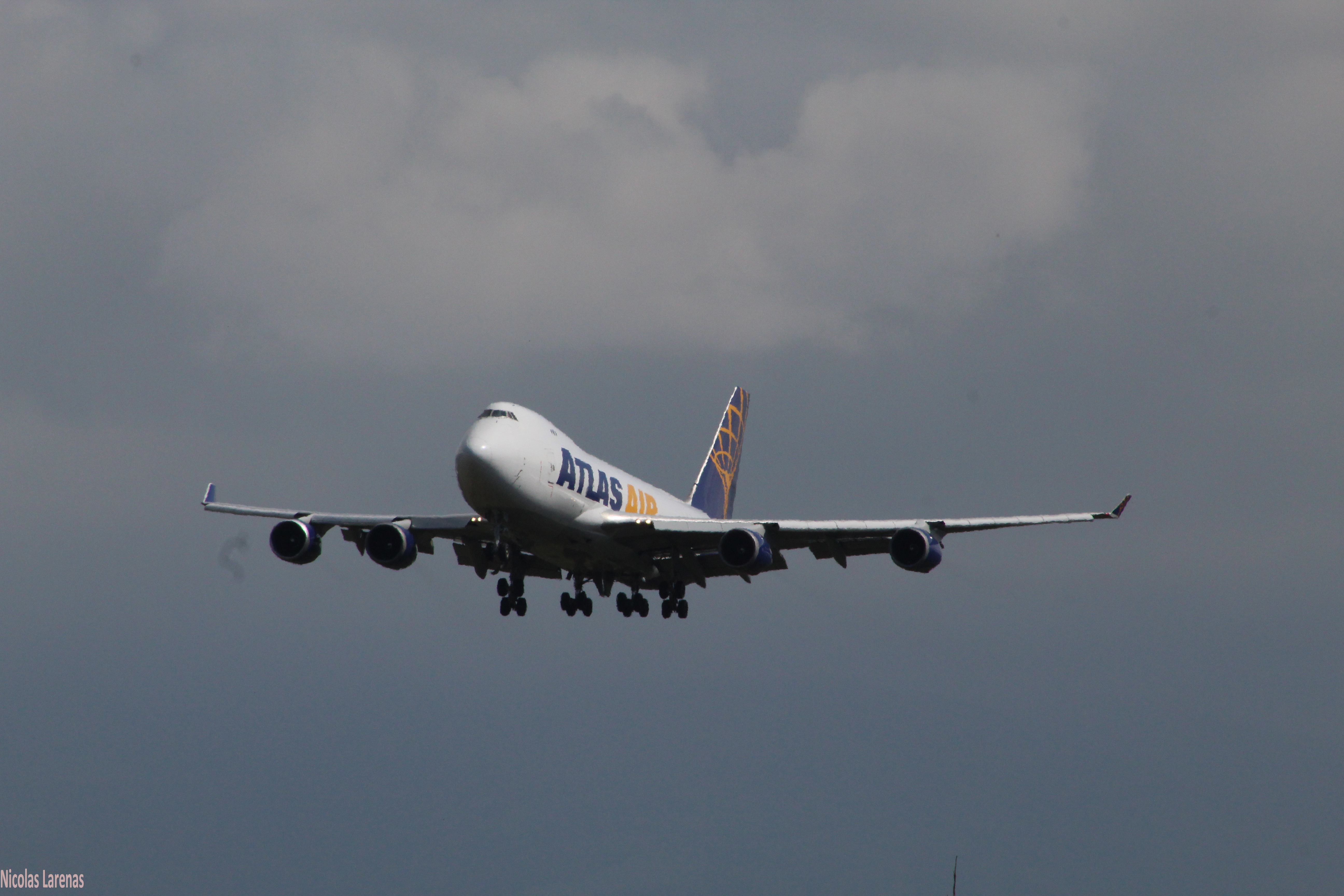 AliExpress fecha voos de carga para facilitar transporte para o Brasil