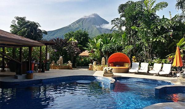 Travel and Leisure vuelve a posicionar a Hotel Nayara Springs entre los 10 mejores del mundo