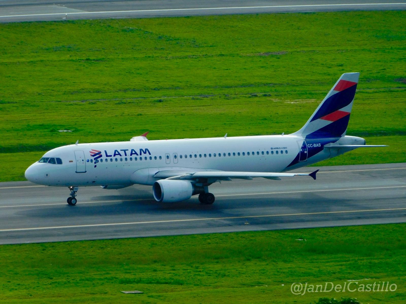 Analistas mejoran sus proyecciones para la acción de Latam Airlines