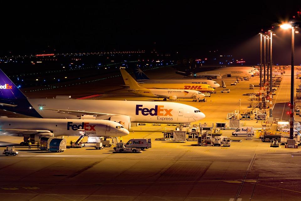 FedEx drops Cuba plans